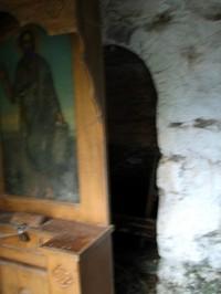 Secret_passageway