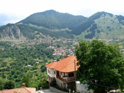 The_hills_behind_metsovo
